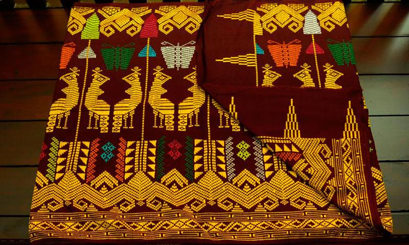 Motif Kain Songket Lombok